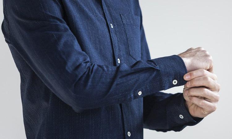 La chemise effet slub de chez Drapeau Noir