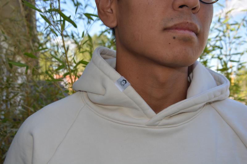 Logo prototype hoodie Chez Molton